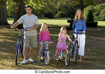 乗馬の自転車, 公園, 家族, 幸せ