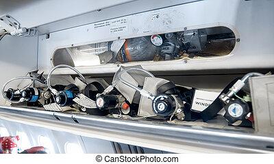 乘客, 圓筒, 氧, 圖像, 人物面部影像逼真, 飛機