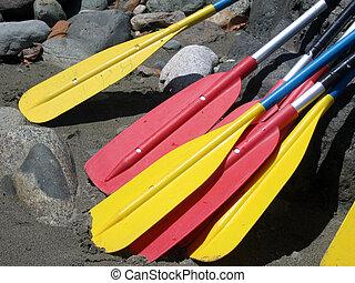 乘木排漂流, 桨叶