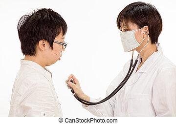 亞洲女性, 醫生, 檢查, 患者` s, 心