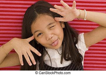 亞洲的女孩, 做 面孔