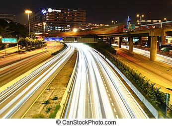 交通, 夜