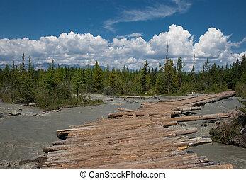 交雑ブリッジ, 作られた, 木材を伐採する, 流れ