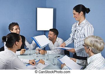 人々のグループ, 持つこと, a, ビジネスが会合する