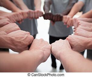 人々, から, 若い, ∥(彼・それ)ら∥, グループ, 作成, 円, 手