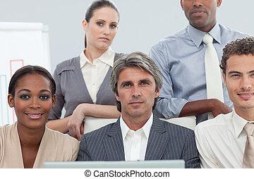 人々, ラップトップ, 多様, ビジネス, 仕事, cocentrated