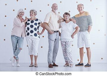 人々, 関係, 人々。, 年配, グループ, ∥間に∥, シニア, 熱狂的, 味方