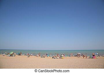 人们, 在海滩上