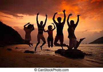 人們, partying, 上, 海灘