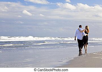 人和婦女, 夫婦, 浪漫, 步行, 上, a, 海灘