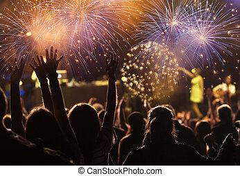 人群, 觀看, 煙火, 在, 新年