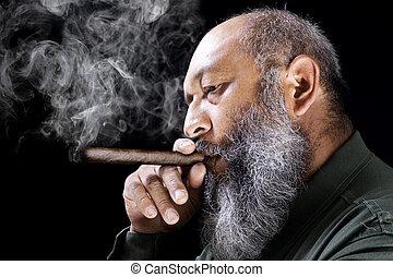 人間がたばこを吸う, 葉巻き