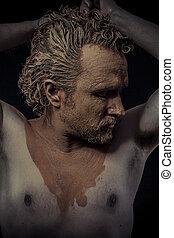 人, ∥で∥, 泥, すべて, 上に, 彼の, 体, 裸である, 概念, 芸術