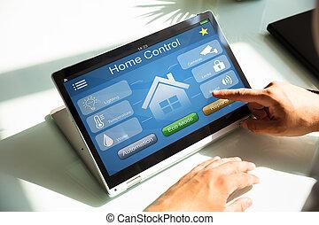 人 , 使用, 家, 控制, 系统, 在上, 笔记本电脑
