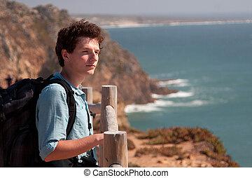 人, 写真, 海, カメラ, バックパック, 地位, 若い, 監視, 山の 上