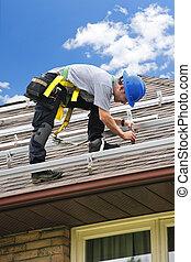 人, 工作上, 屋頂, 安裝, 路軌, 為, 太陽, 面板