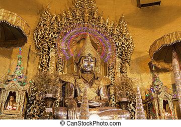 """仏, 像, から, 金, 中に, """"kaba, aye"""", 塔, 中に, yangon, ビルマ, (myanmar)"""