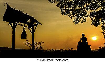仏, 像, 寺院, 日没, thailand., saraburi, phrabuddhachay