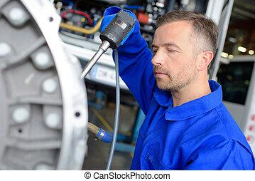 仕事, 機械工