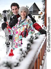 他們, 夫婦,  chalet, 滑雪, 外面
