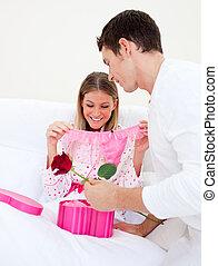 他的, 丈夫, 迷人, 妻子, 給, 禮物