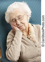 休む, 年長の 女性, 椅子, 家