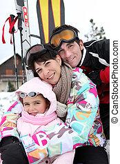 休日, 若い 家族, スキー