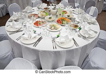 会議テーブル, 宴会, 準備された, ゲスト。, 優雅である, 場所, レセプション, 結婚式, 準備ができた, 白, ...