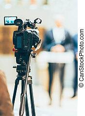 会議, テレビカメラ