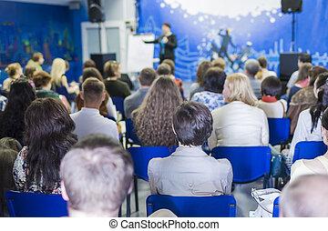会議, 講師, 概念, グループ, ビジネス 人々, 大きい, ideas., 女性, 前部, 話すこと