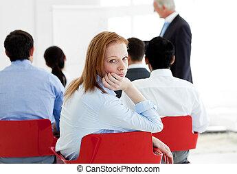 会議, 退屈させられた, 女性実業家