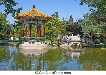 伝統的である, 庭, 中国語