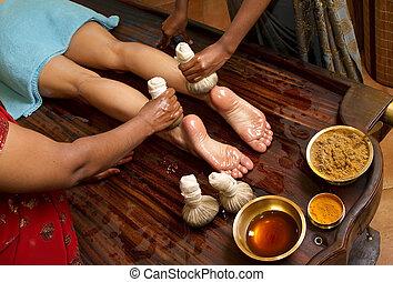 伝統的である, indian, ayurvedic, オイル, フィートの マッサージ