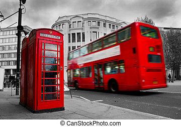 伦敦, the, uk., 红的电话, 亭, 同时,, 红, 公共汽车, 在运动中