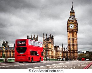 伦敦, the, uk., 红, 公共汽车, 在运动中, 同时,, 大本钟