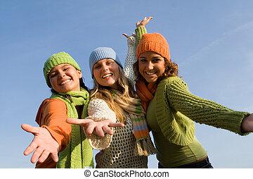 伸ばしている, 歓迎, 女の子, 腕, グループ, 幸せ