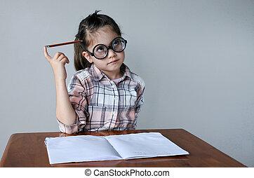 何か, nerdy, について, 書きなさい, 子供, 考える