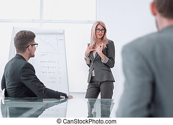 作り, プレゼンテーション, 新しい, プロジェクト, 女性実業家