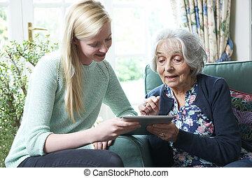 使用, タブレット, 提示, 孫娘, 祖母, いかに, デジタル