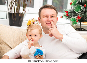 使用, 彼の, 家族, バックグラウンド。, ∥あるいは∥, 父, 隔離された, 抱き合う, それ, 子育て, 概念, 鼻, 子供, 盗品, 女の子, 白, 赤ん坊, 幸せ
