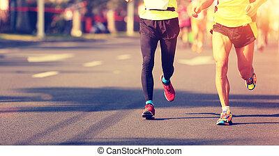 來路不明, 馬拉松, 運動員, 腿, 跑, 上, 城市道路