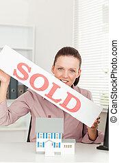 保有物, サインを売った, 女性実業家