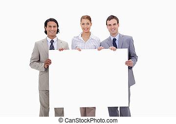 保有物, 空白のサイン, businessteam