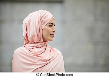 信頼, 女, イスラム教