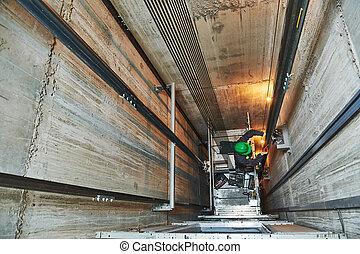 修理, 機械工, シャフト, リフト, エレベーター