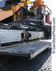 修理, finisher, 層, finisher, asphalt., アスファルト, repaving, ペーバー, 置くこと, 労働者, 機械, works., 建設, 作動, 舗装, の間, ∥あるいは∥, 道