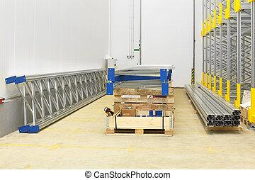 倉庫, 分配, 建設