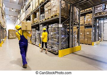 倉庫, 工人