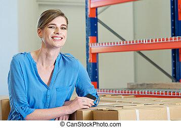 倉庫, 従業員, 微笑, 女性, 幸せ