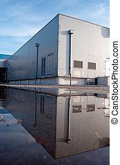 倉庫, floded, 外面